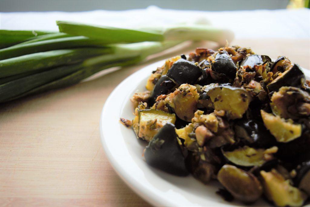 Vegan Roasted Acorn Squash with Jalapeño