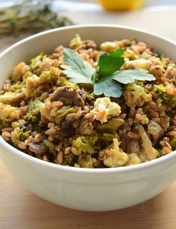 Easy Vegan Cauliflower and Mushroom Farro Salad